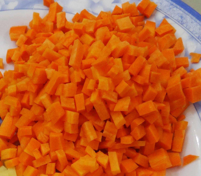 cách nấu cháo thịt bò với cà rốt cho bé