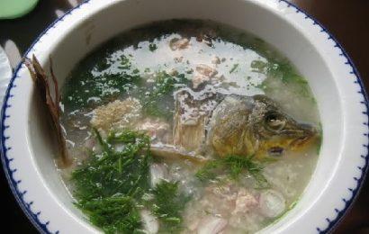 Cách nấu cháo cá chép nguyên con cực ngon và bổ